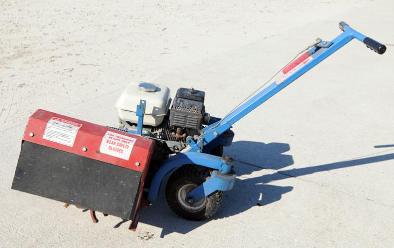 """BED EDGER RENTAL"" ""EZ TRENCHER"" ""GENERAL RENTAL"" ""GARDEN RENTAL"""
