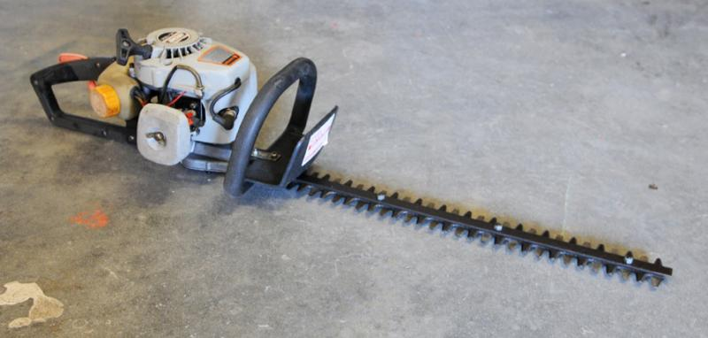 """HEDGE TRIMMER"" ""GAS POWERED HEDGE TRIMMER"" ""ECHO TRIMMER"" ""TRIMMER RENTAL"""